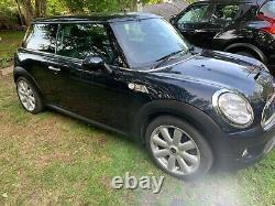 2007 Mini Cooper S in Black